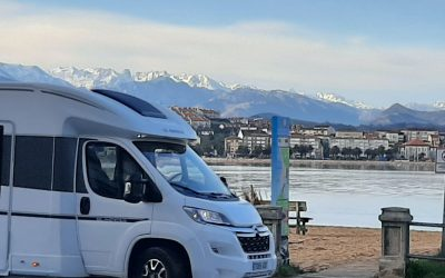 Can you stay overnight anywhere in Spain with your camper?